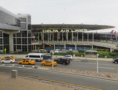Hotels at jfk international airport in new york city for Hotels closest to jfk airport